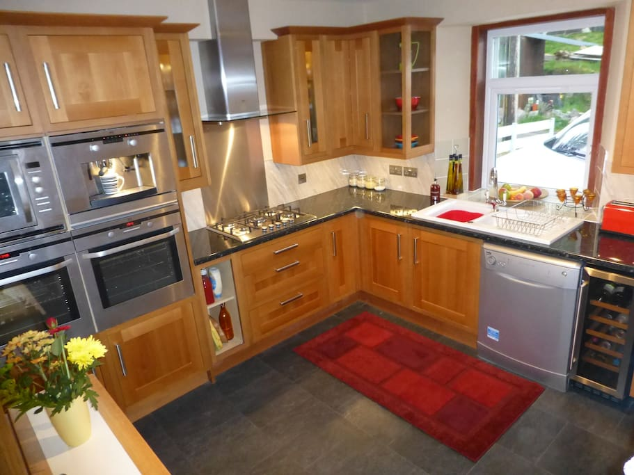 The Bolt-Hole's fully Equipped Cosy Kitchen