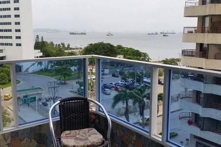 Habitacion hermosa vista al mar en zona turistica - Cartagena