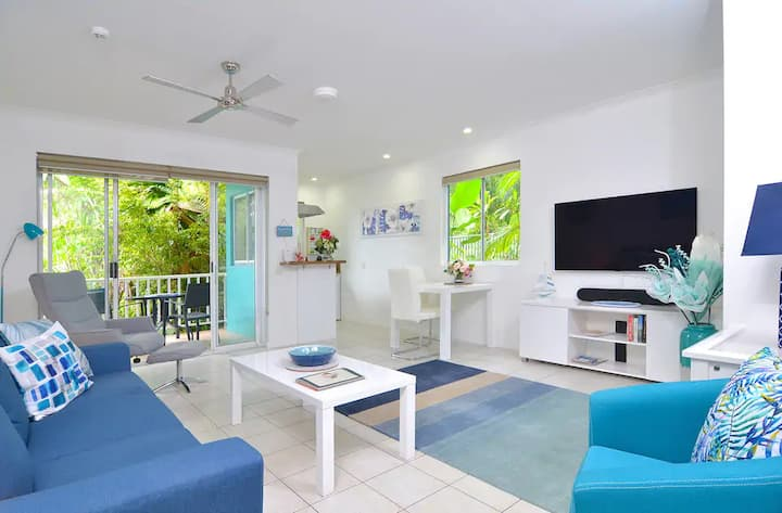 Oasis Blue on Macrossan Street - Stylish Residence