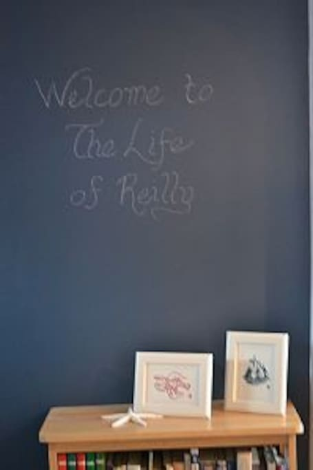 Chalk board paint in the kitchen!