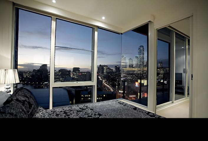 Gem Apartments One Bedroom w Views - Southbank - Appartement