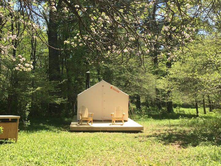 Tentrr Signature Site - Lovely Apple Grove Retreat