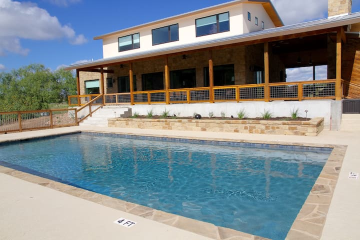Large Luxury Blanco Riverfront Home with Pool - Wimberley - Ev