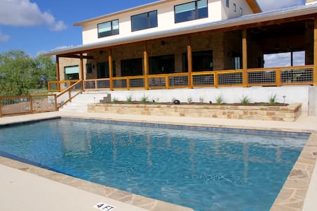 Large Luxury Blanco Riverfront Home with Pool - Wimberley
