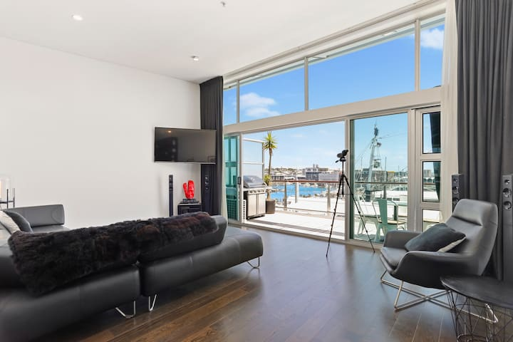 Executive Penthouse Apartment on Princes Wharf