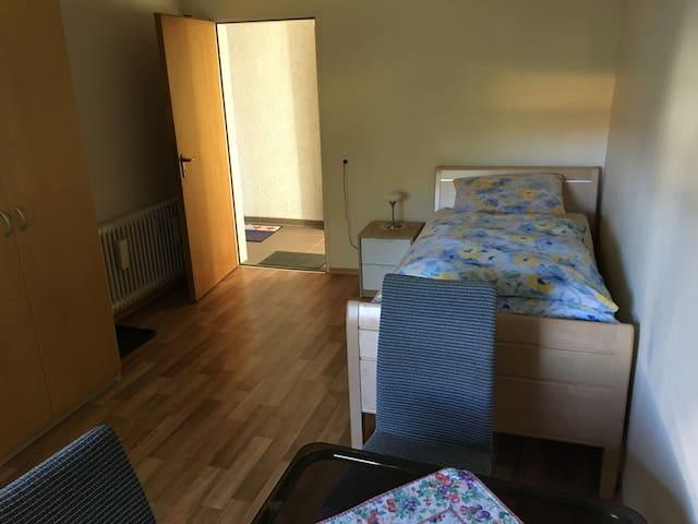 2 Zimmer ca. 45 qm zum Übernachten
