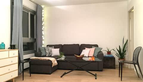 Studio accessible,  lumineux et confortable