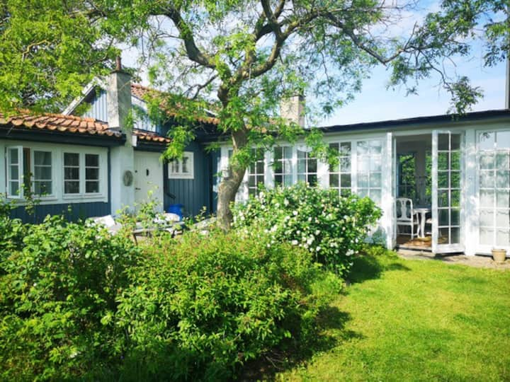 Arild Bed and Breakfast Garden Room