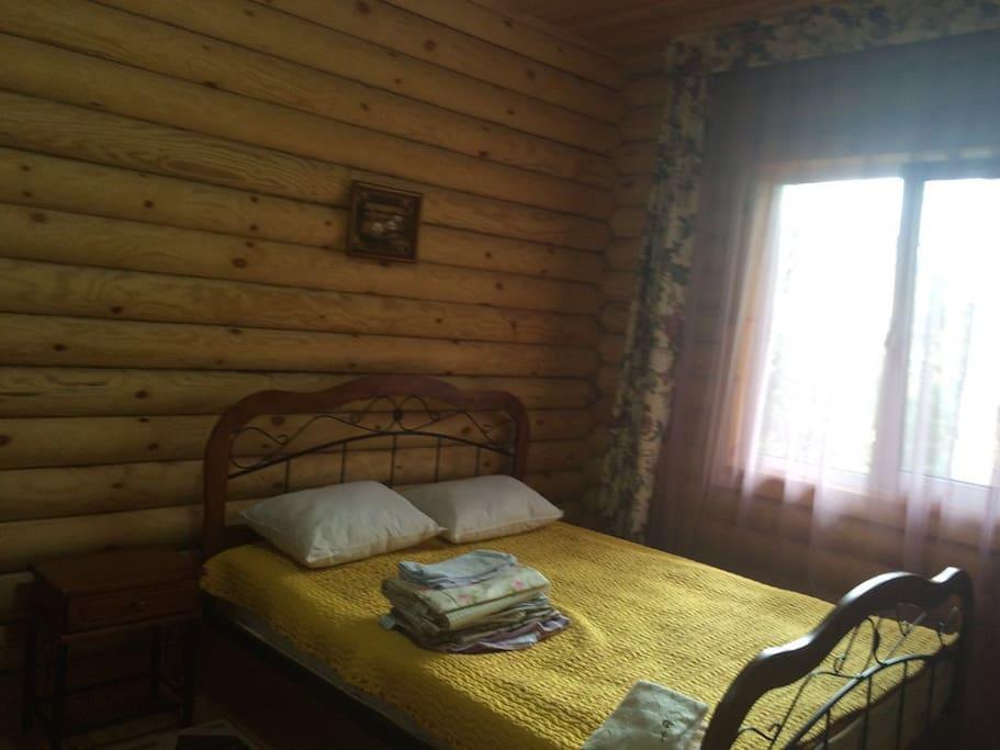 Комфортабельная спальня, здесь вы забудете о городской суете