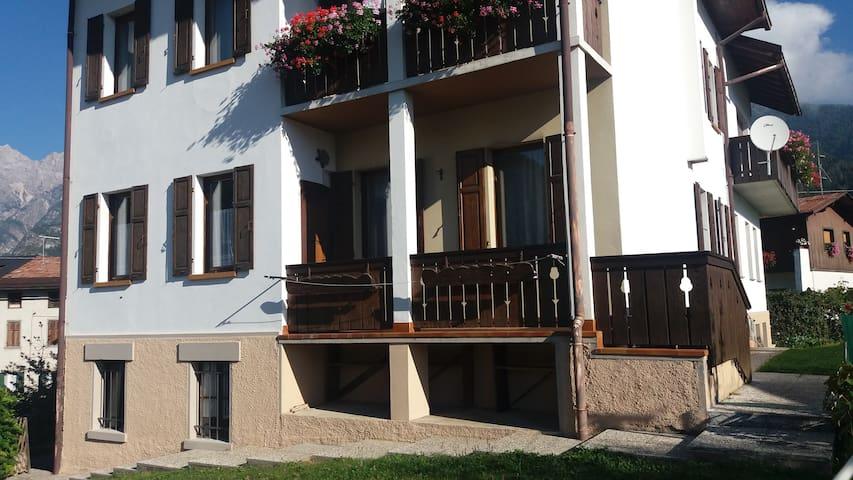 Casa Giacobbi, la tua casa vacanze - Calalzo di Cadore - Apartament