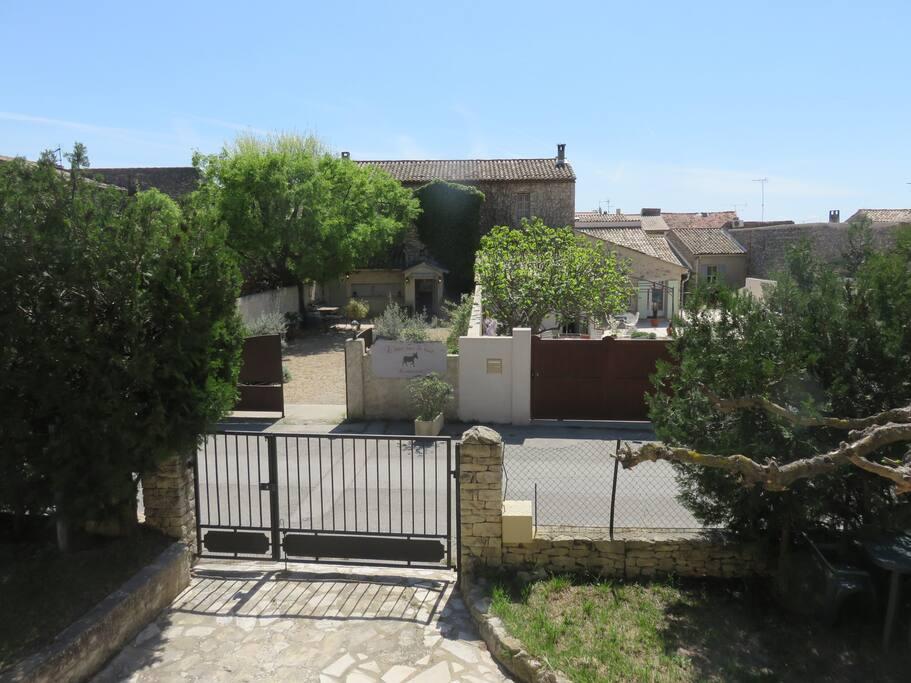 Vue de la terrasse au rez-de-chaussée