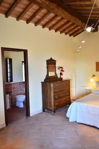 La casina dei Lapi - Catabbio - House