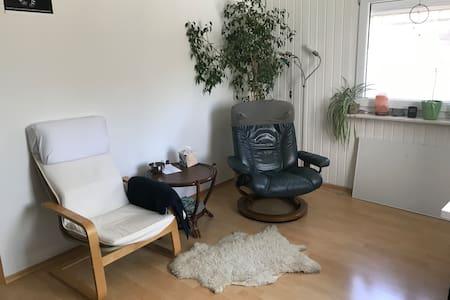 Gemütliche Unterkunft, urige kleine Wohnung