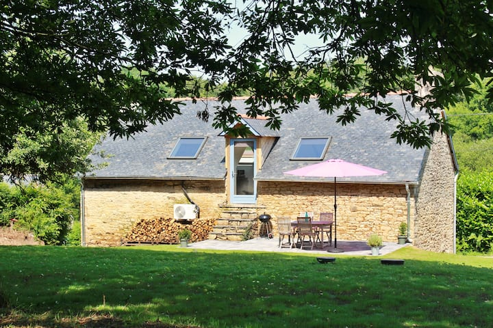 Maison rénovée campagne avec grand jardin