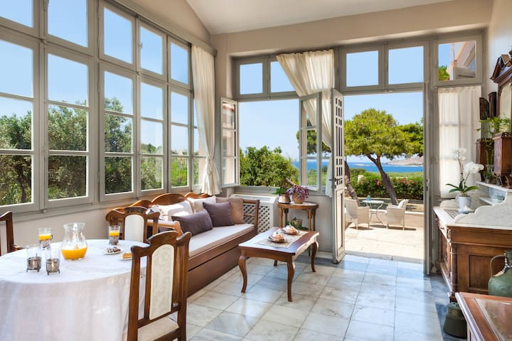 DellaGracia Mansion in Syros - Up to 12 persons
