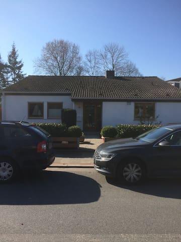 Kleine bequeme Unterkunft in der Nähe von See - Starnberg - Hus