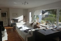 Beautiful room close to airport and fair.