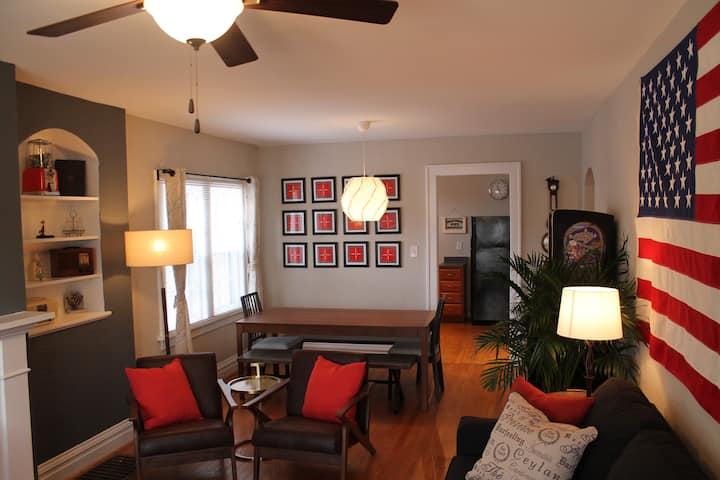 Unique Cozy Home - AMAZING Central Location!