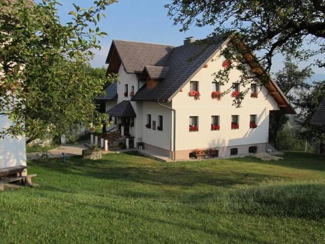 Tourist Farm Ljubica - Triple Room