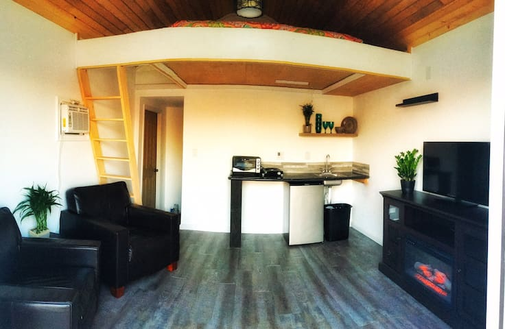 Ocean view TinyHouse with pool!