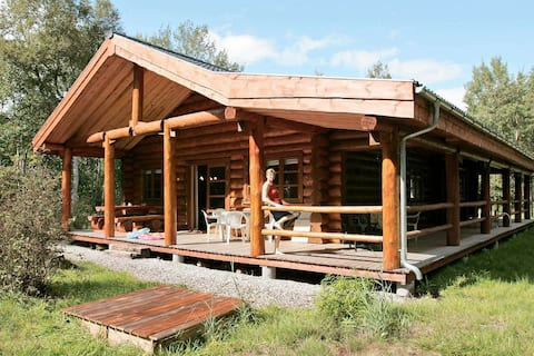 Spacious Holiday Home in Hadsund with Indoor Whirlpool