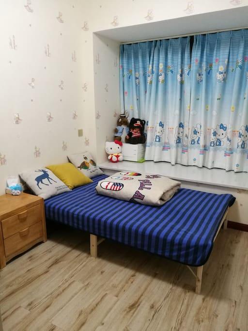 卧室单人床1.2米