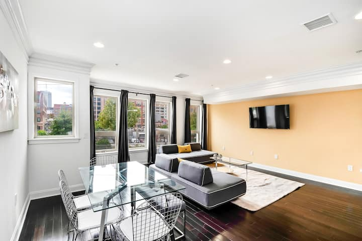 Modern and stylish 2bd apartment