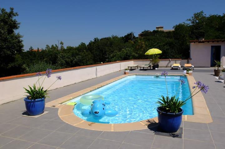 Chambre indépendante avec piscine - Tordères - Rumah