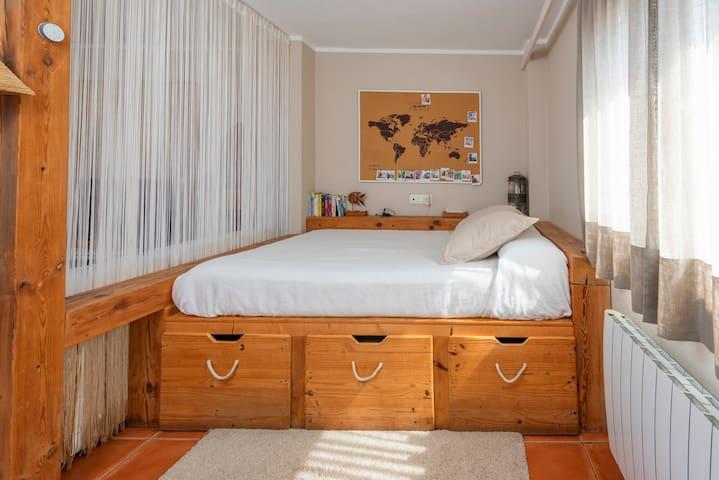 Una buena cama de matrimonio.