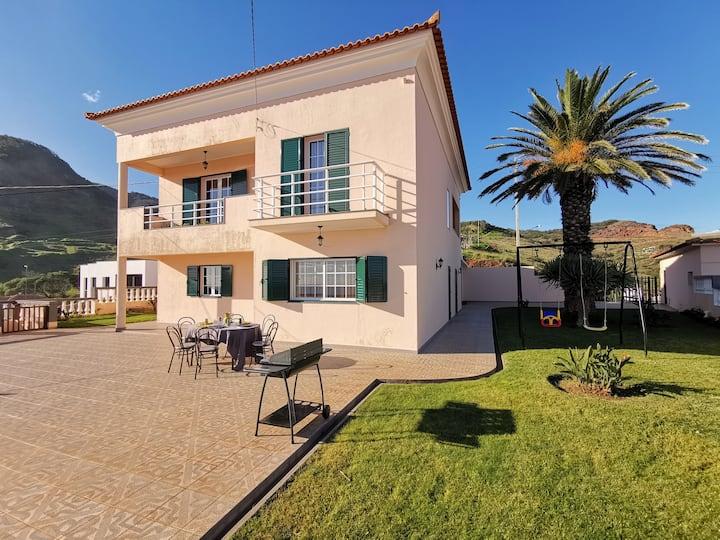 Casa da Palmeira no Caniçal - Madeira Free WIFI
