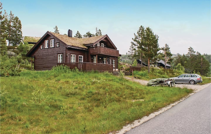 Stunning home in Åseral with 3 Bedrooms