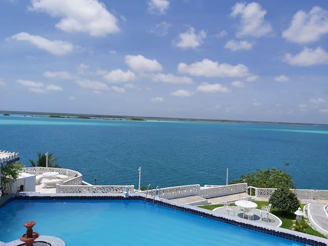 Disfruta de la mejor vista a la Laguna.