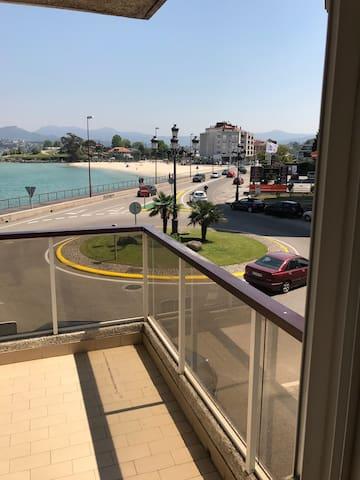 Bayona en primera línea de playa - Vigo - Pis