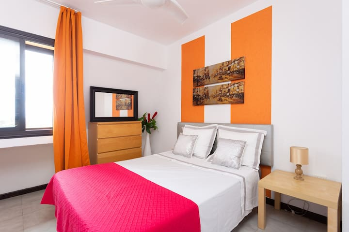 two bedroom apartment, 300m from the beach
