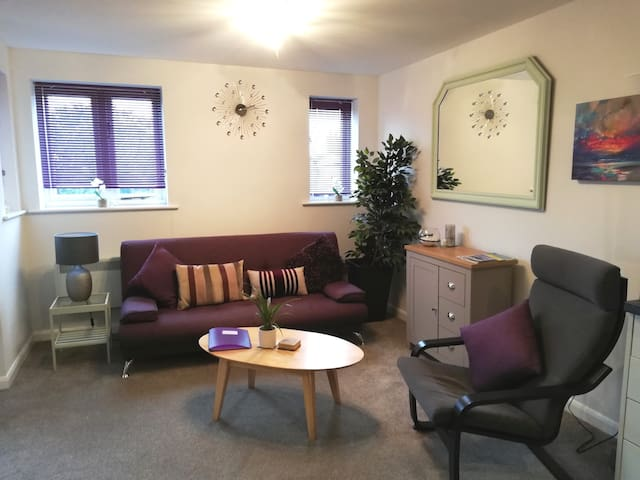 Private one bedroom flat. Center of Woodhall Spa