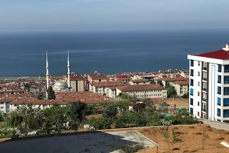 4 Bedrooms luxurious apartment in Trabzon