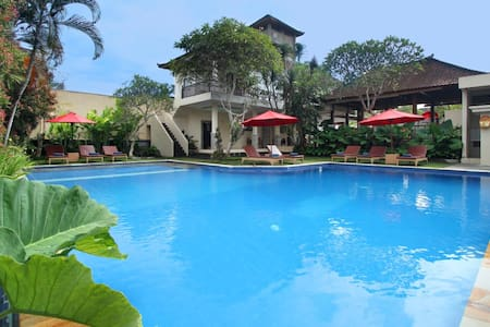 Deluxe room @Putri Ayu Cottages - Ubud