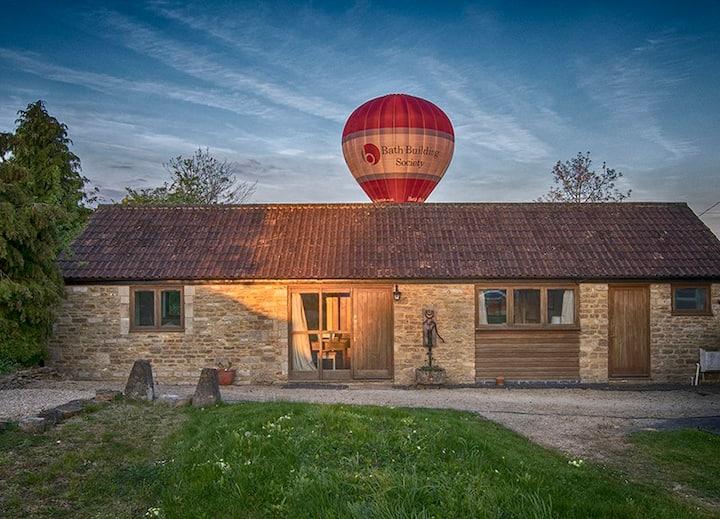 Whitley Coach House - Bath 20 mins & Lacock 5 mins