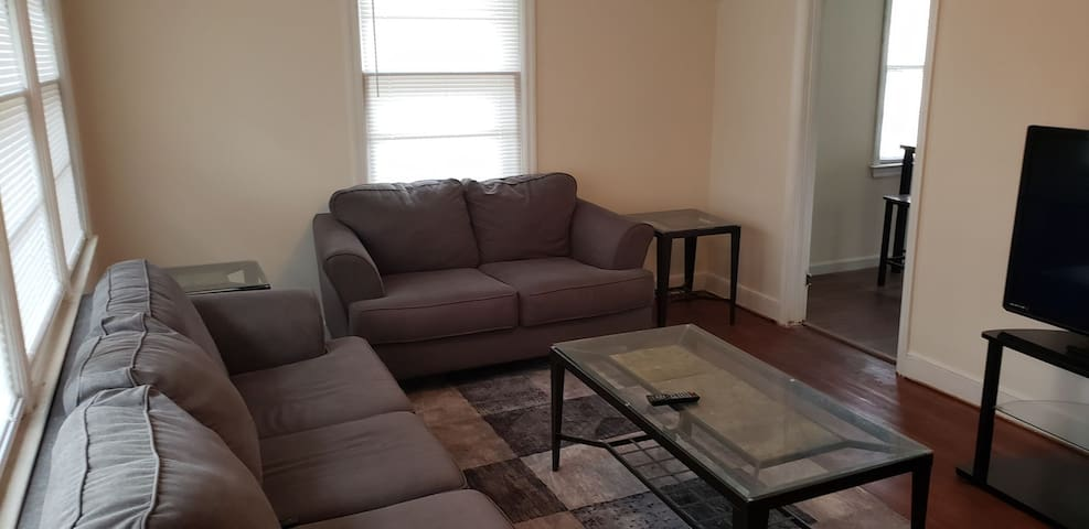 Cozy condo near Fort Jackson, USC and downtown