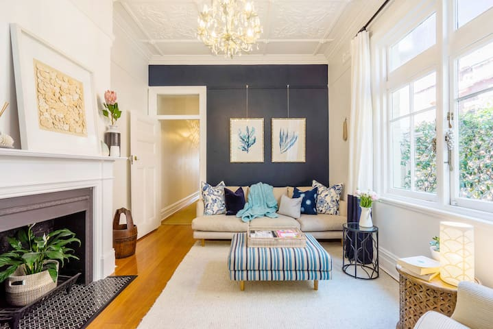 Stroll to Manly Beach from a Stylish Period Home