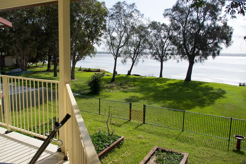 Easy access to the lake from the back garden