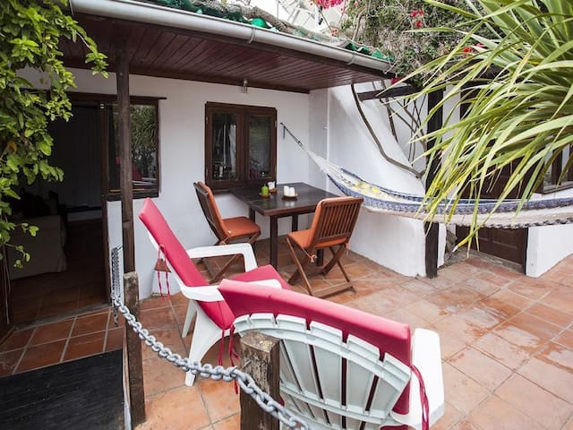 Lovely studio in wildlife garden - Haría - Apartament