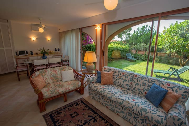 35 - Beautiful quiet and big apartment with garden garage pool and tennis - VENTIMIGLIA - Daire