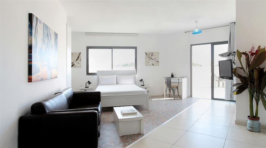 1 ROOM STUDIO WITH BALCONY IN OLEI ZION ST 30/17 - Tel Aviv-Yafo - Appartamento