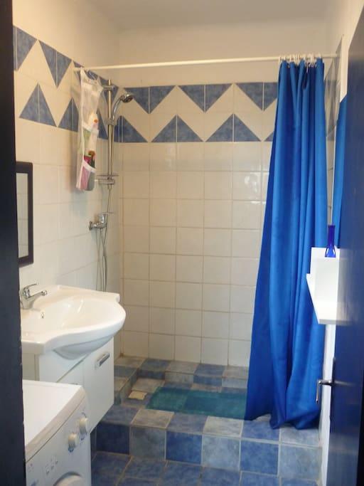 salle d'eau et wc 1