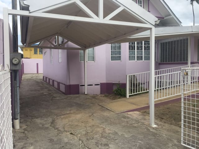 Newly Refurbished Studio in the Heart of Woodbrook