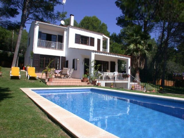 Fabulous country home near the beach and Begur