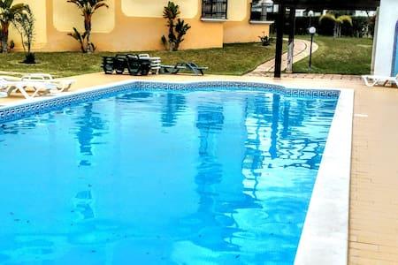 Albufeira Apt Charme c/piscina - 阿爾布費拉 - 公寓