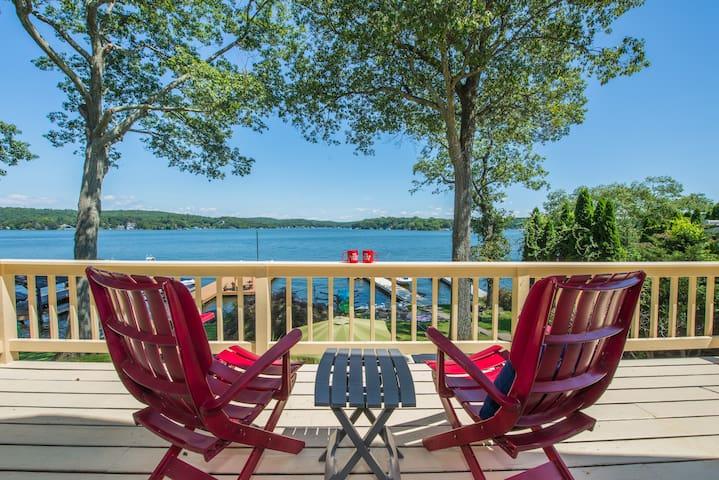 Comfortable Lakeside Retreat with dock