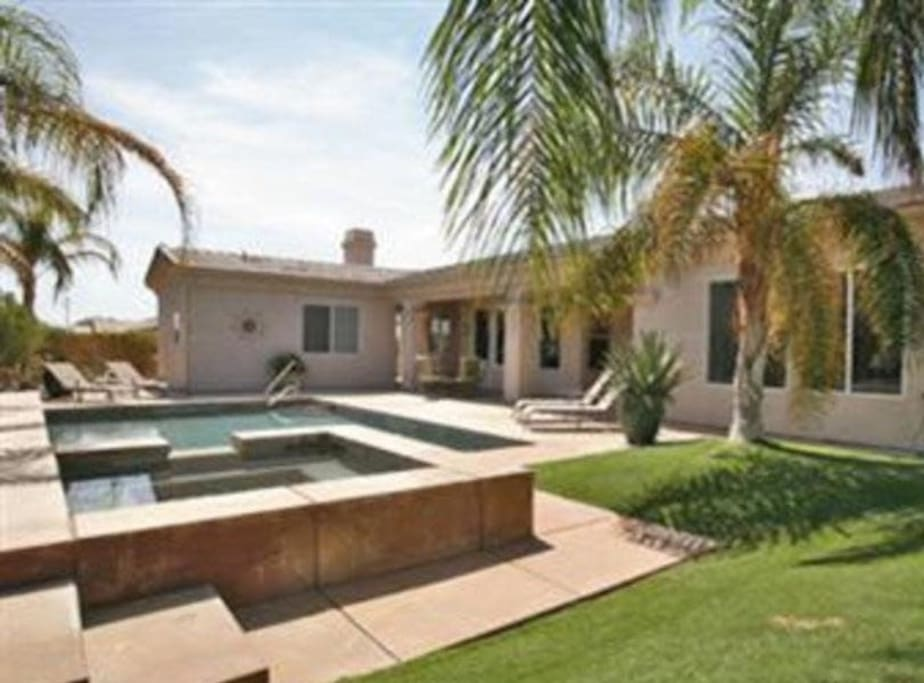 spacious palm springs home houses for rent in palm springs california united states